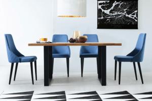 Blagovaonski stol STRONG