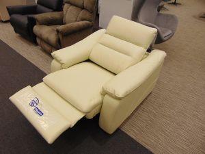 Fotelja GREY-Eksponat
