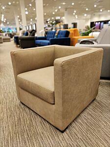 Fotelja AGATA-Eksponat