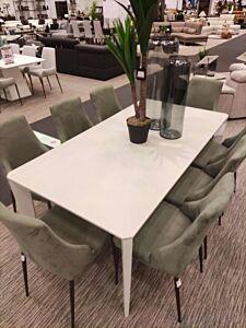 Blagovaonski stol CLIFF-Eksponat